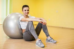 Идеи за подарък за бременни - фитнес топка
